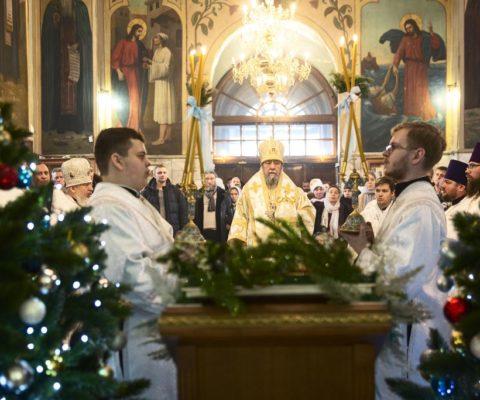 Архиерейское Богослужение в день Собора Пресвятой Богородицы